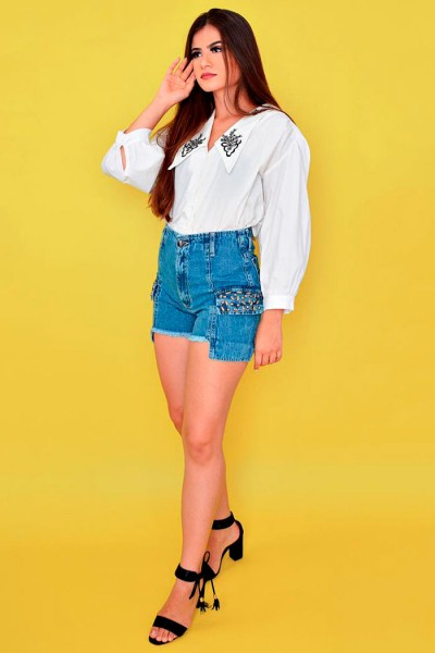 Short jeans com aplicação 354